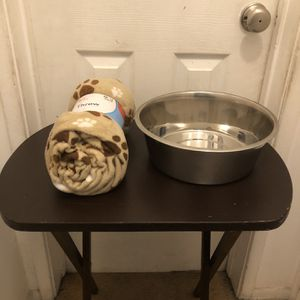 Dog Food Bucket And Soft Throw for Sale in Los Angeles, CA