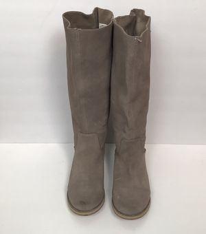 Reef Women's High Desert Suede Boots Size 8 for Sale in Las Vegas, NV