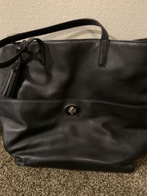 Black coach leather tote purse for Sale in WHT SETTLEMT, TX