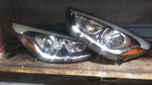 2014 Hyundai Tucson Headlights for Sale in Everett, WA