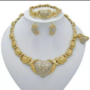 Gargatilla en bano de oro. Gold Plate for Sale in Harrisburg, PA
