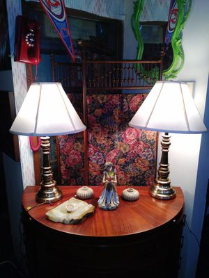 Beautiful Pair of Brass Table Lamps w/Shades for Sale in St. Louis, MO