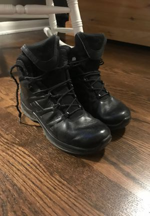 WOMENS HAIX BOOTS for Sale in Mount Prospect, IL