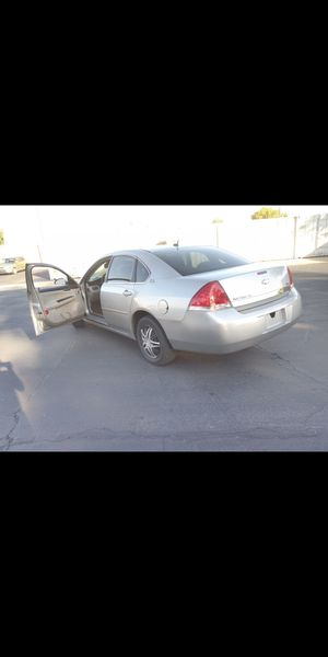 2007 chevy Impala! FLEX FUEL! Great gas mileage - (Similar to Malibu sonata Altima Civic Accord Camry Corolla) for Sale in Phoenix, AZ