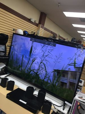 Vizio 55 inch tv for Sale in Camp Springs, MD
