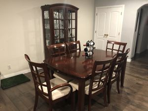 Dining Table Set and China Cabinet for Sale in Los Angeles, CA