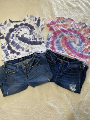 Hollister clothes for Sale in Reedley, CA