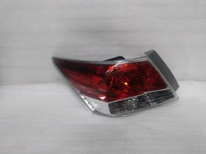 2008 2009 2010 2011 2012 Honda Accord tail light for Sale in Los Angeles, CA