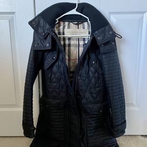 Burberry Coat for Sale in Lynnwood, WA