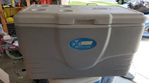 Large cooler for Sale in Lake Worth, FL