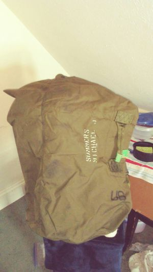 Military Duffle Bag for Sale in Cleveland, OH