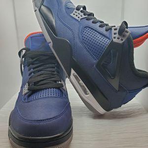 Jordan 4 WINTERIZED LOYAL BLUE for Sale in Kissimmee, FL