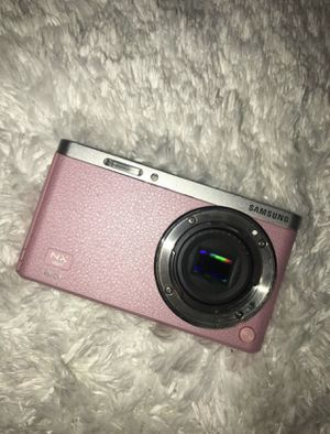Samsung NX mini for Sale in Snellville, GA