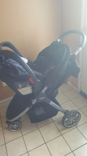 Britax stroller with car stroller two bases for Sale in Palmdale, CA