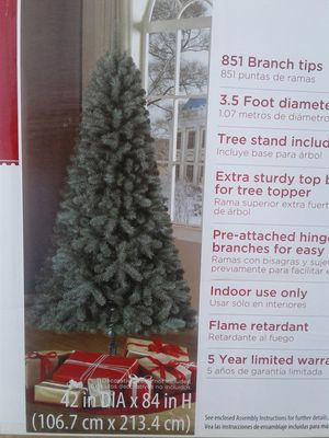 NEW 7ft Pine tree for Sale in South Gate, CA