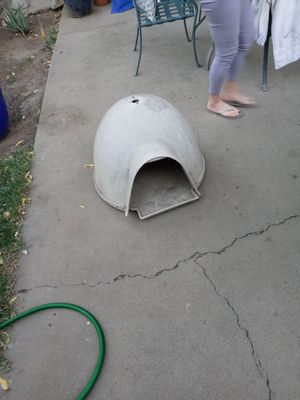 Igloo dog or cat house for Sale in Sacramento, CA