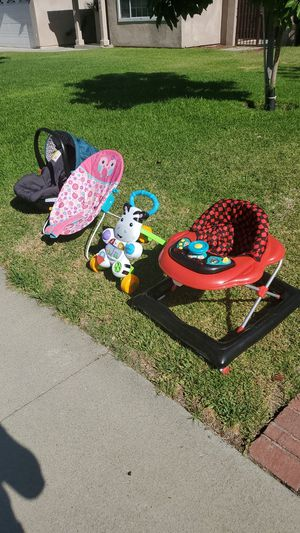 Free baby stuff for Sale in Chino, CA