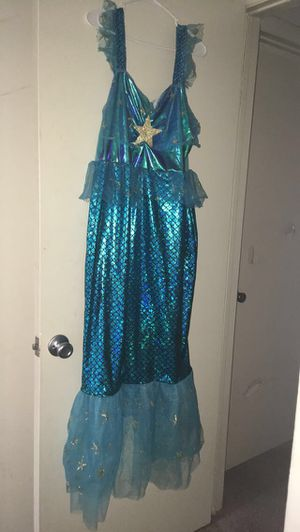 Women 1x mermaid costume dress for Sale in Frederick, MD