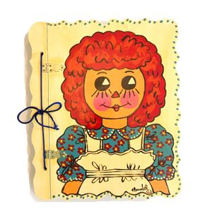 Vintage Raggedy Ann Wood Empty Large Signed By Claudel Self Adhesive Photo Album for Sale in Rancho Cucamonga, CA