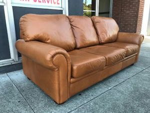 """#30342 Leather Center 35"""" x 84"""" Wide Sofa for Sale in Piedmont, CA"""