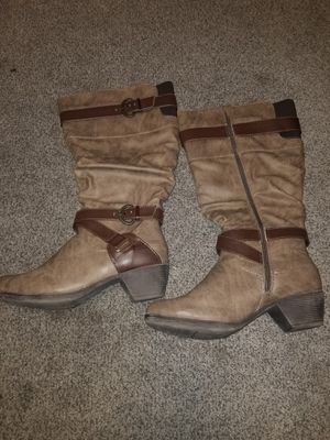 Womens tan boots... size 9W for Sale in Chula Vista, CA