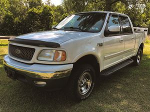 PERFORMANCE 2OO2 Ford F-15O XLT $8OO for Sale in Anaheim, CA