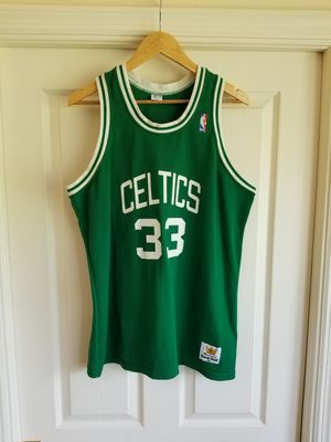 VINTAGE LARRY BIRD BOSTON CELTICS JERSEY SIZE YXL /MENS SMALL for Sale in Fort Lauderdale, FL