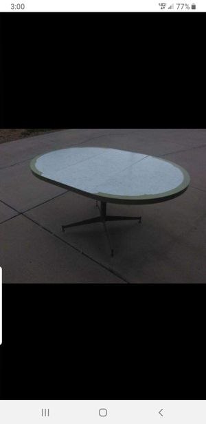 Vintage 1960's Formica table for Sale in Laveen Village, AZ