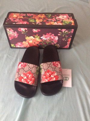Gucci slides, 8 US for Sale in Philadelphia, PA