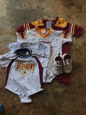 Redskins onesie and light up shoes for Sale in Germantown, MD