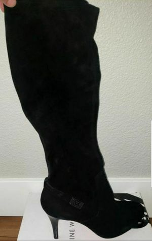 Couch women's boots new for Sale in Oregon City, OR