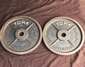 YORK CLASSIC VINTAGE 45 LB. COLLECTABLE PLATES. for Sale in Boca Raton, FL