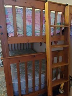 Bunk Beds/Dresser for Sale in Nashville,  TN