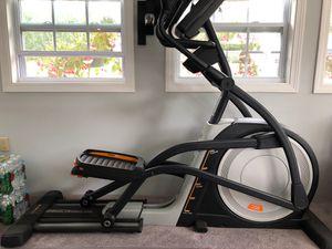 Nordic track elliptical elite 12.7 for Sale in Cumberland, RI