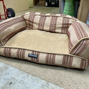 Kirkland Dog Bed!! for Sale in Snohomish, WA