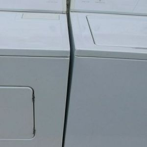 Whirlpool Washer and Electric Dryer for Sale in Chico, CA