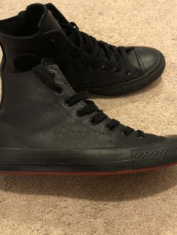 Converse Chuck Taylor All Star Python for Sale in Sloan,  NV