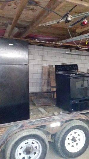 Stove an fridge for Sale in Columbus, OH