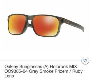 Sunglasses Oakley (A) Holbrook Mix for Sale in Miami Beach, FL