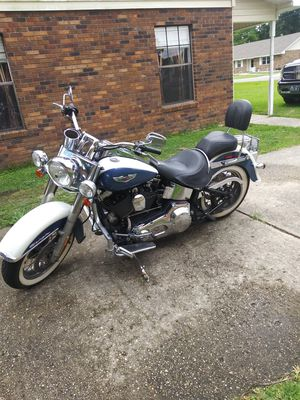 2005 Harley Davidson Softail Deluxe for Sale in Brusly, LA