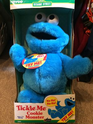 Vintage Tickle Me Cookie Monster for Sale in Covington, WA
