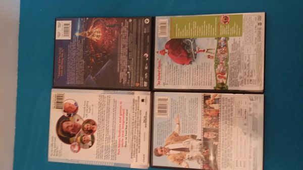 Pre-owned lot of 4 DVD Christmas movies