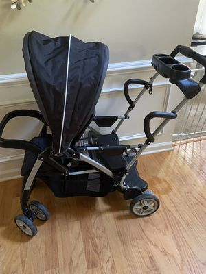 Graco double stroller sit to stand roomfor2 for Sale in Spartanburg, SC
