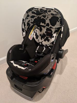 Britax B-Safe Ultra Cowmooflage OBO for Sale in Morrisville, NC