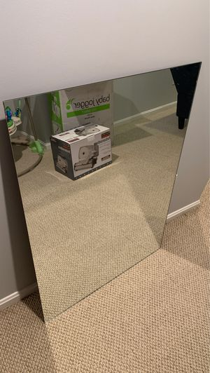Vanity mirror for Sale in Cuyahoga Falls, OH