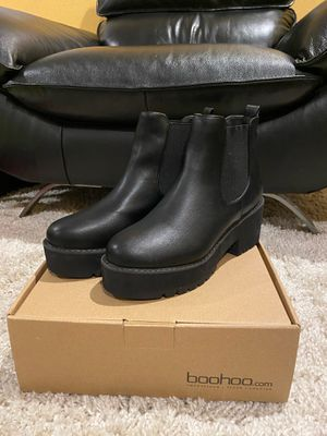 Women's Chunky Platform Boots - Size 8 - New for Sale in Los Angeles, CA