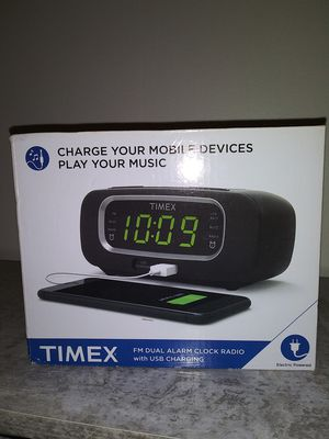 Timex Alarm Clock w/ UBS Charging for Sale in Columbia, MO