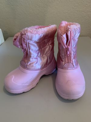 Girls 9 snow/winter boots for Sale in Margate, FL