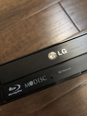 LG Electronics 16X SATA Blu-Ray Internal Rewriter - Gaming PC DVD Drive for Sale in San Antonio, TX