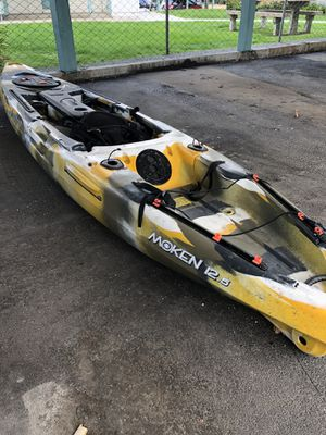 FeelFree Moken 12.5 fishing kayak for Sale in Wenatchee, WA